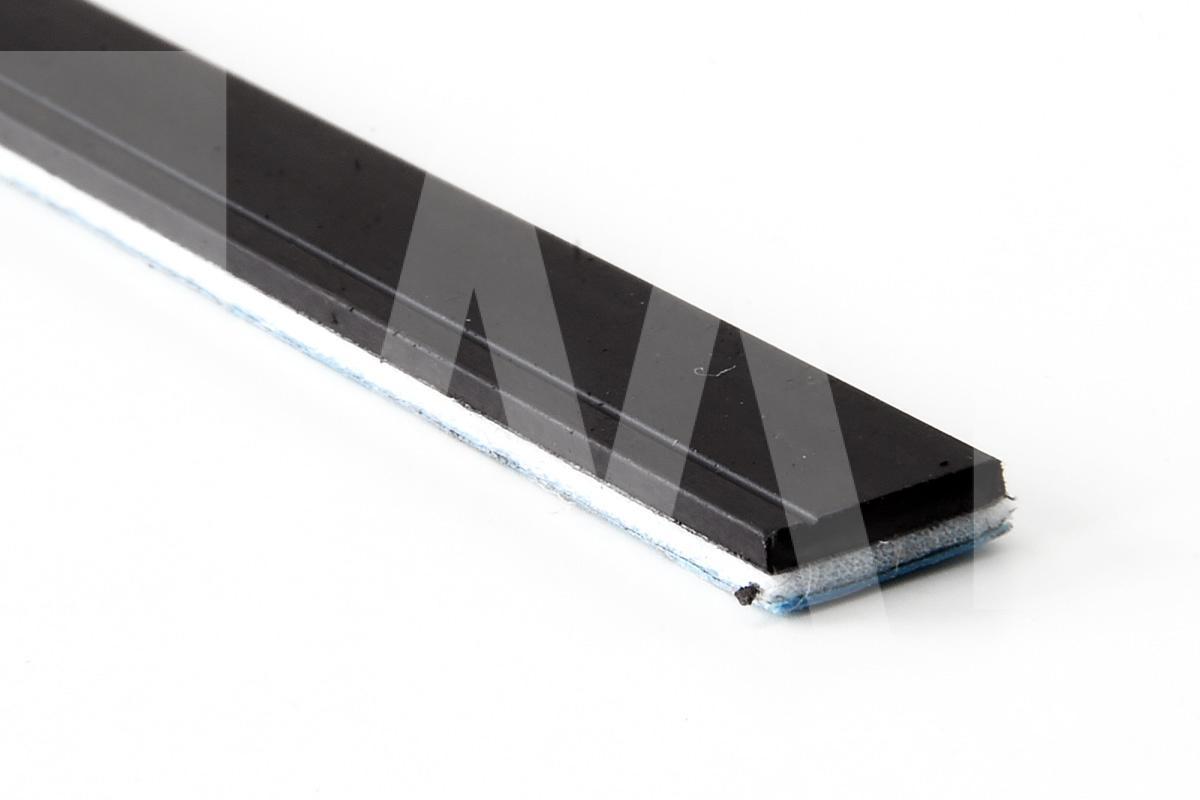 Magnetoplast Italiana - profilo magnetico adesivo